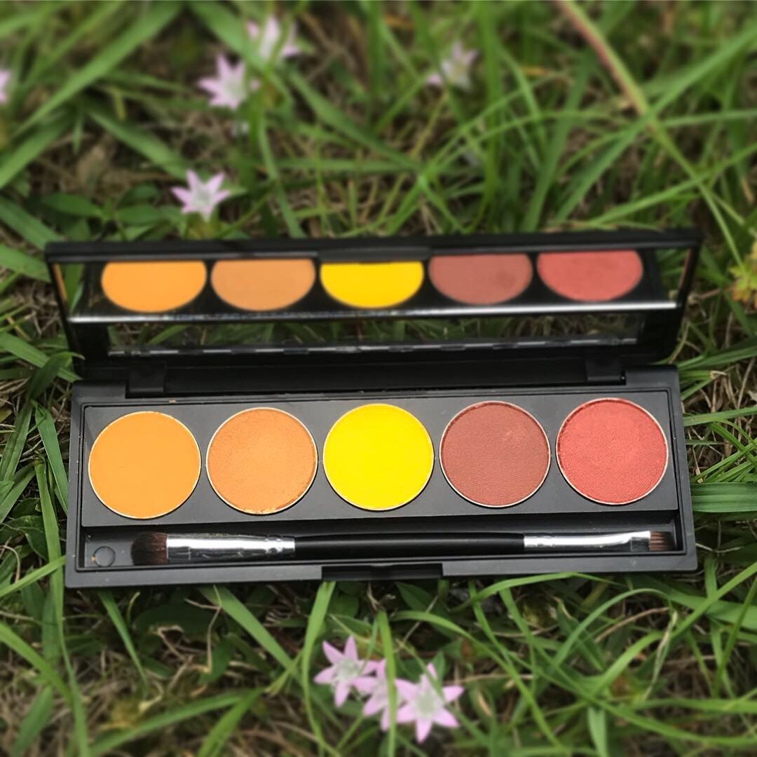 VanessaBillie  Eyeshadow Palette Mango Gold Nugget Canary Yellow Rose Gold Cranberry